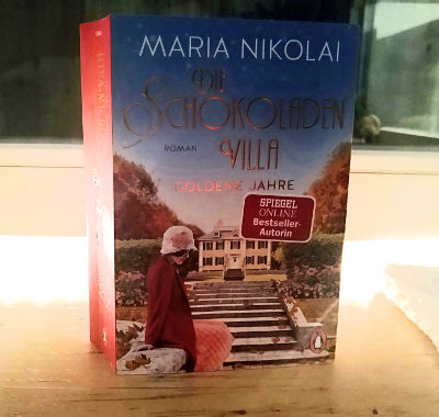 Die Schokoladenvilla Goldene Jahre // Maria Nikolai