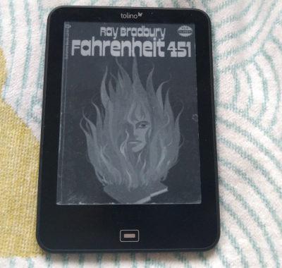 Fahrenheit 451 // Ray Bradbury